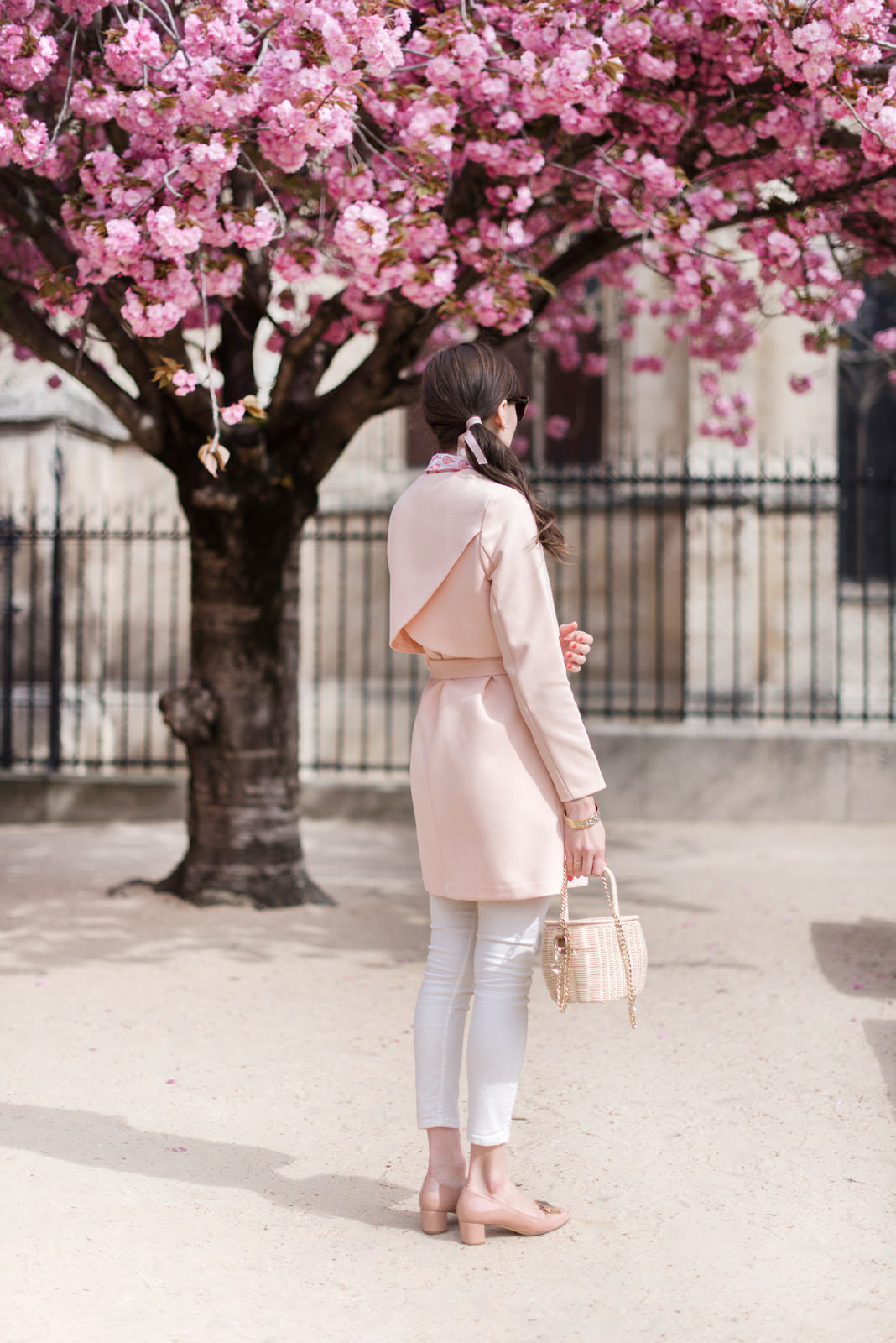 Blog-mode-And-The-City-Looks-Trench-Nude