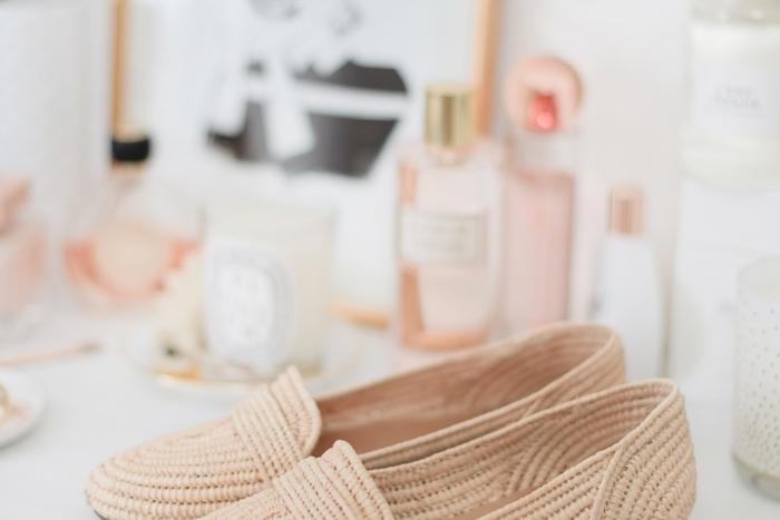 Blog-Mode-And-The-City-Lifestyle-Cinq-Petites-Choses-217-chaussures-raphia-sezane