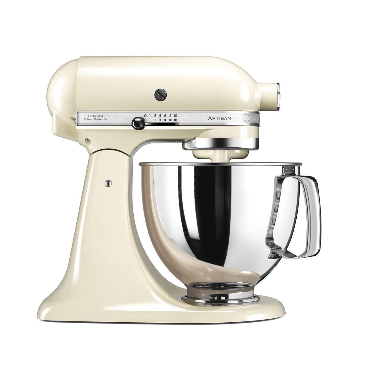 Blog-Mode-And-The-City-Lifestyle-Cinq-Petites-Choses-219-robot-patissier-kitchen-aid-la-redoute