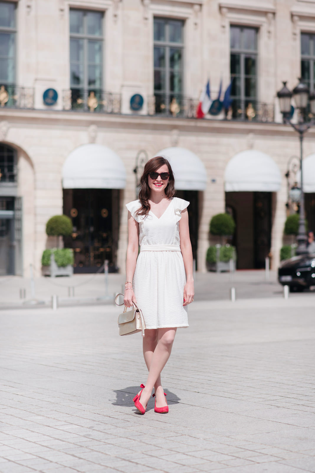 Blog-Mode-And-the-City-Looks-La-Robe-Blanche-Parfaite-2