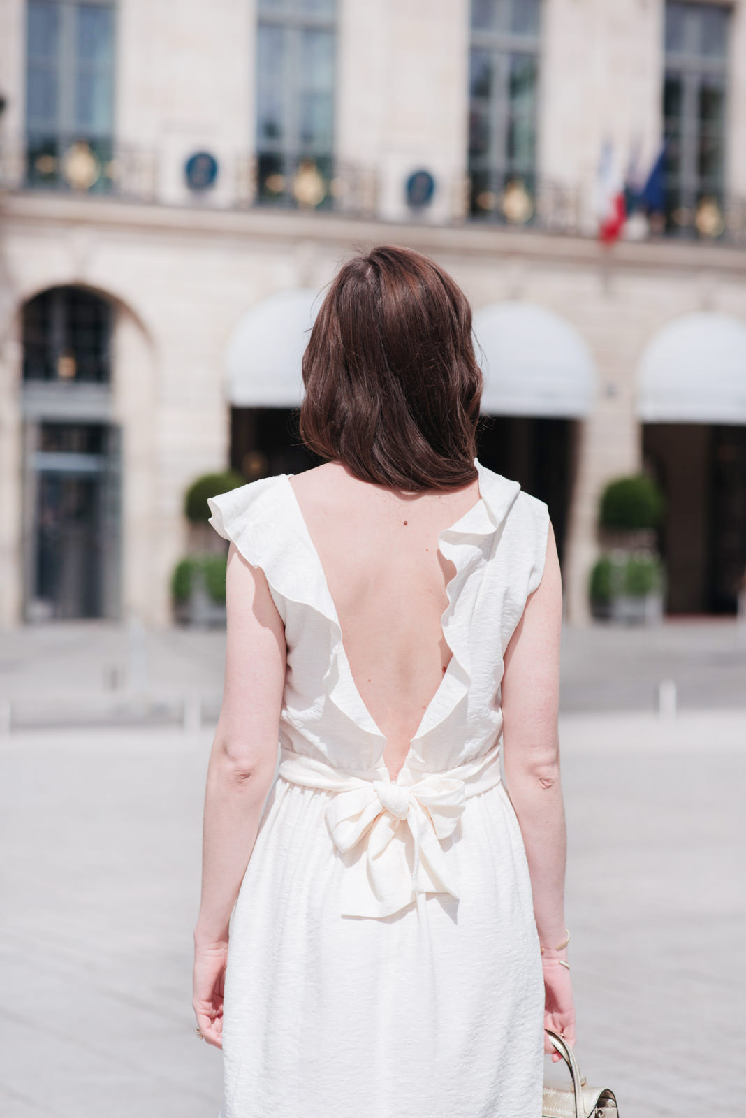 Blog-Mode-And-the-City-Looks-La-Robe-Blanche-Parfaite-9