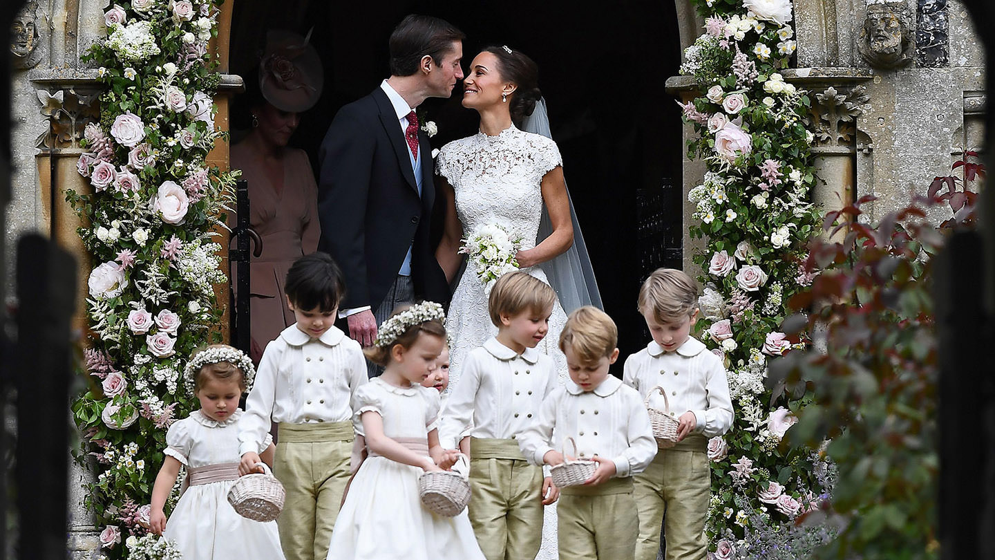 log-Mode-And-The-City-Lifestyle-Cinq-Petites-Choses-221-Pippa-middleton-wedding