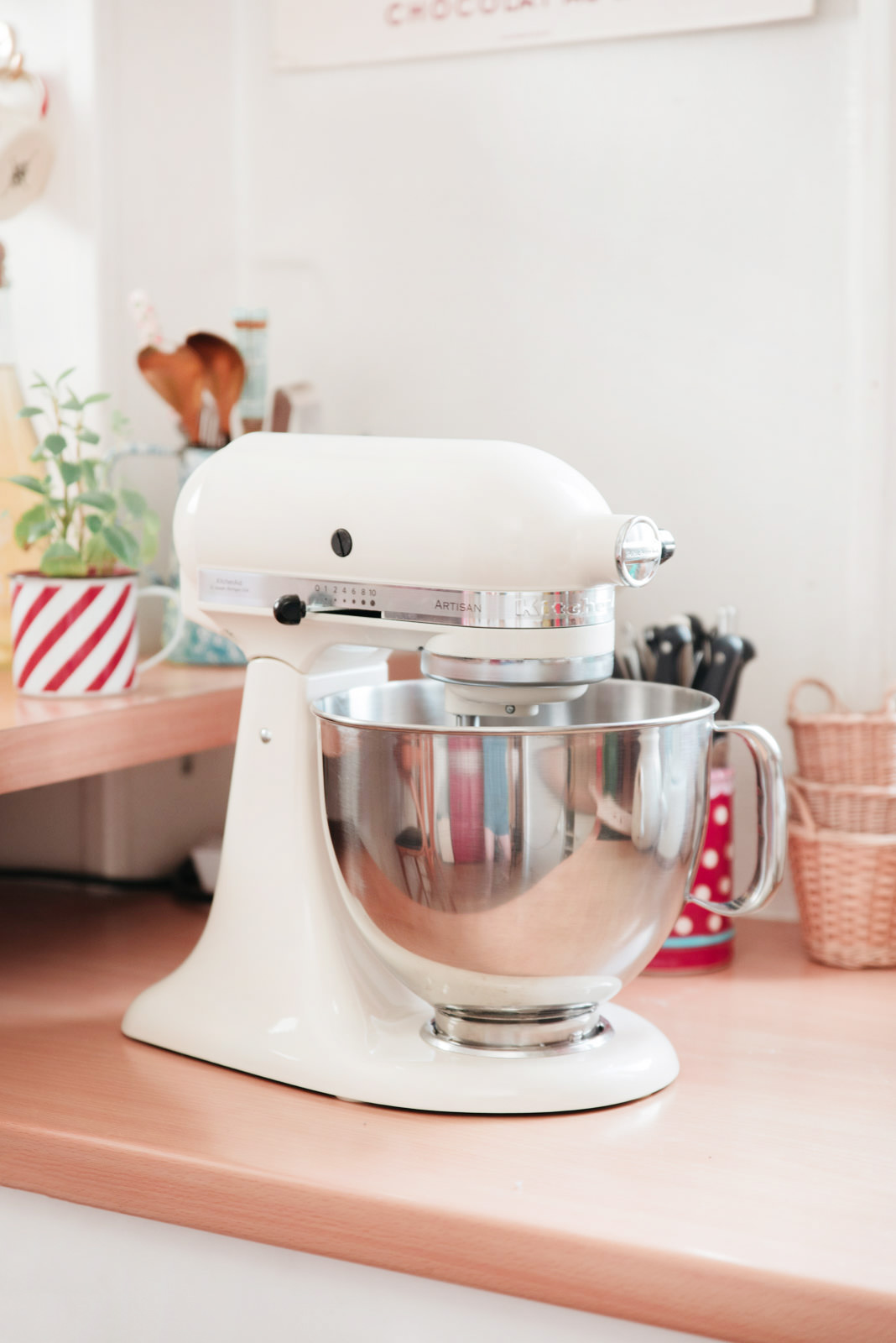 Blog-Mode-And-The-City-Lifestyle-Cinq-Petites-Choses-224-kitchen-aid