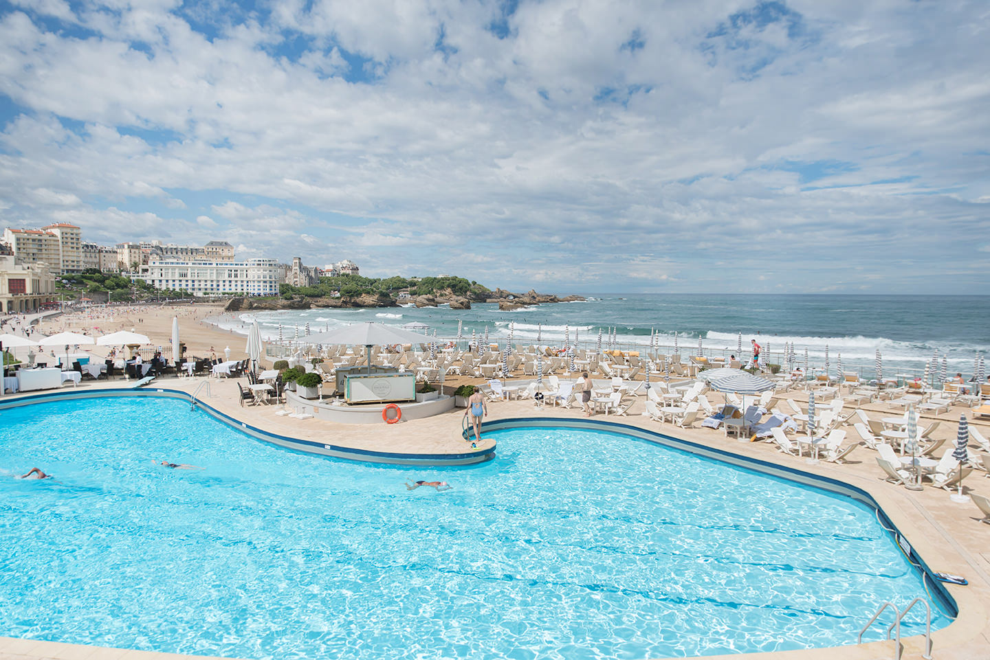 Blog-Mode-And-The-City-Lifestyle-Dior-California-Biarritz17