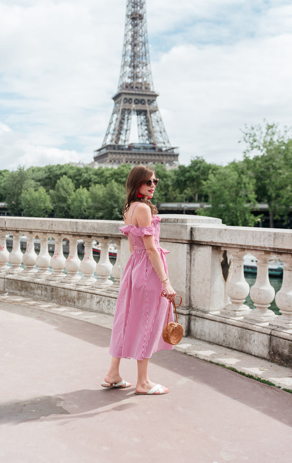 Blog-mode-And-The-City-Looks-Robe-Mango-RAyee-Tour-Eiffel-3