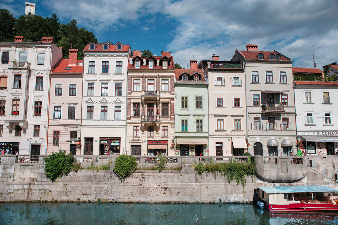 Blog-Mode-And-The-City-Lifestyle-Roadtrip-Europe-Slovenie-Ljubljana-Bled-10