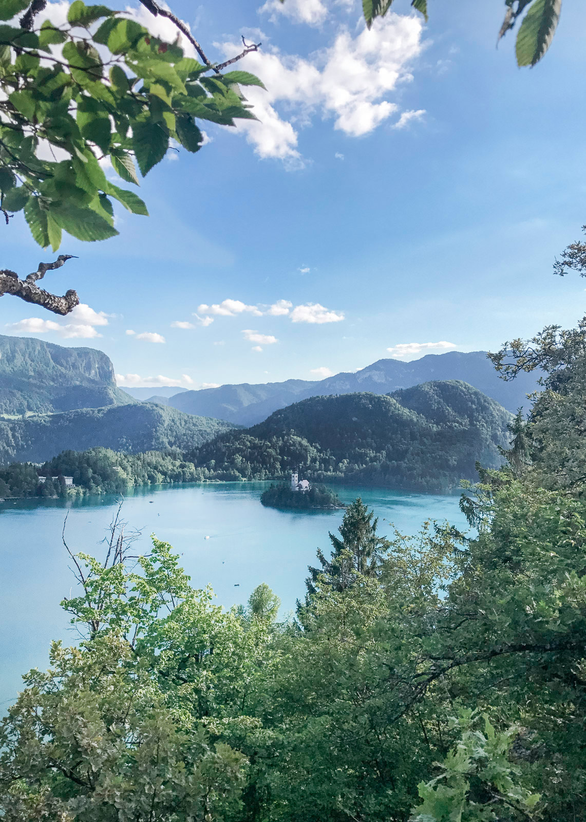 Blog-Mode-And-The-City-Lifestyle-Roadtrip-Europe-Slovenie-Ljubljana-Bled-23