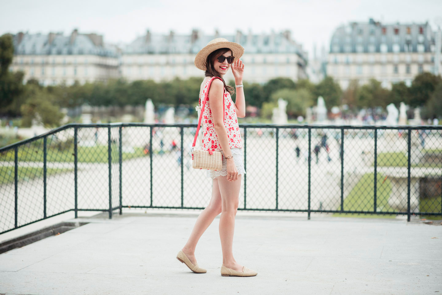 Blog-Mode-And-The-City-Looks-Ete-Aux-Tuileries-3