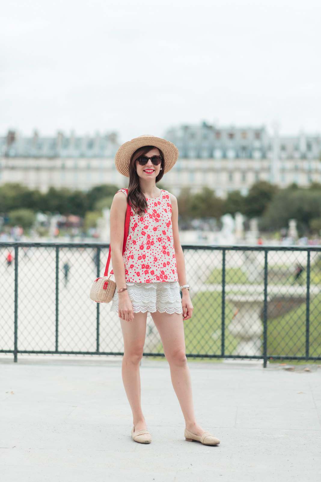 Blog-Mode-And-The-City-Looks-Ete-Aux-Tuileries-8