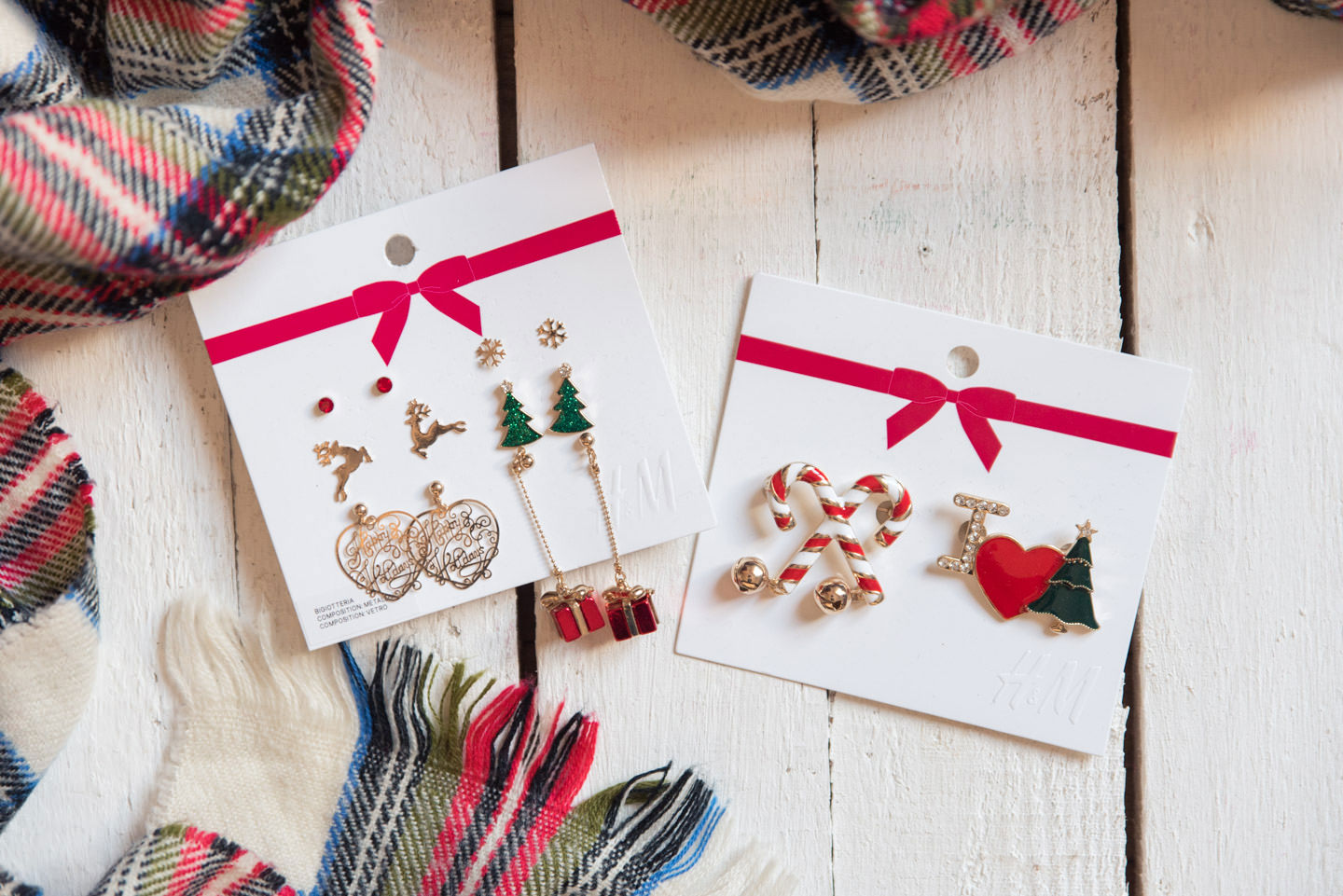 Blog-Mode-And-The-City-Lifestyle-Cinq-Petites-Choses-238-broches-noel-hm-2