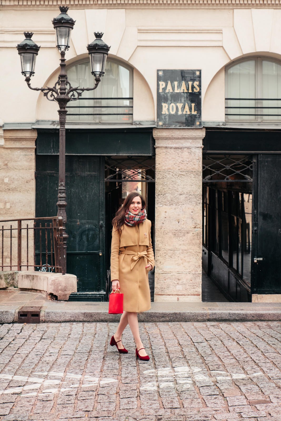 Blog-Mode-And-The-City-Lifestyle-Cinq-Petites-Choses-243-ma,teau-beige-and-other-stories
