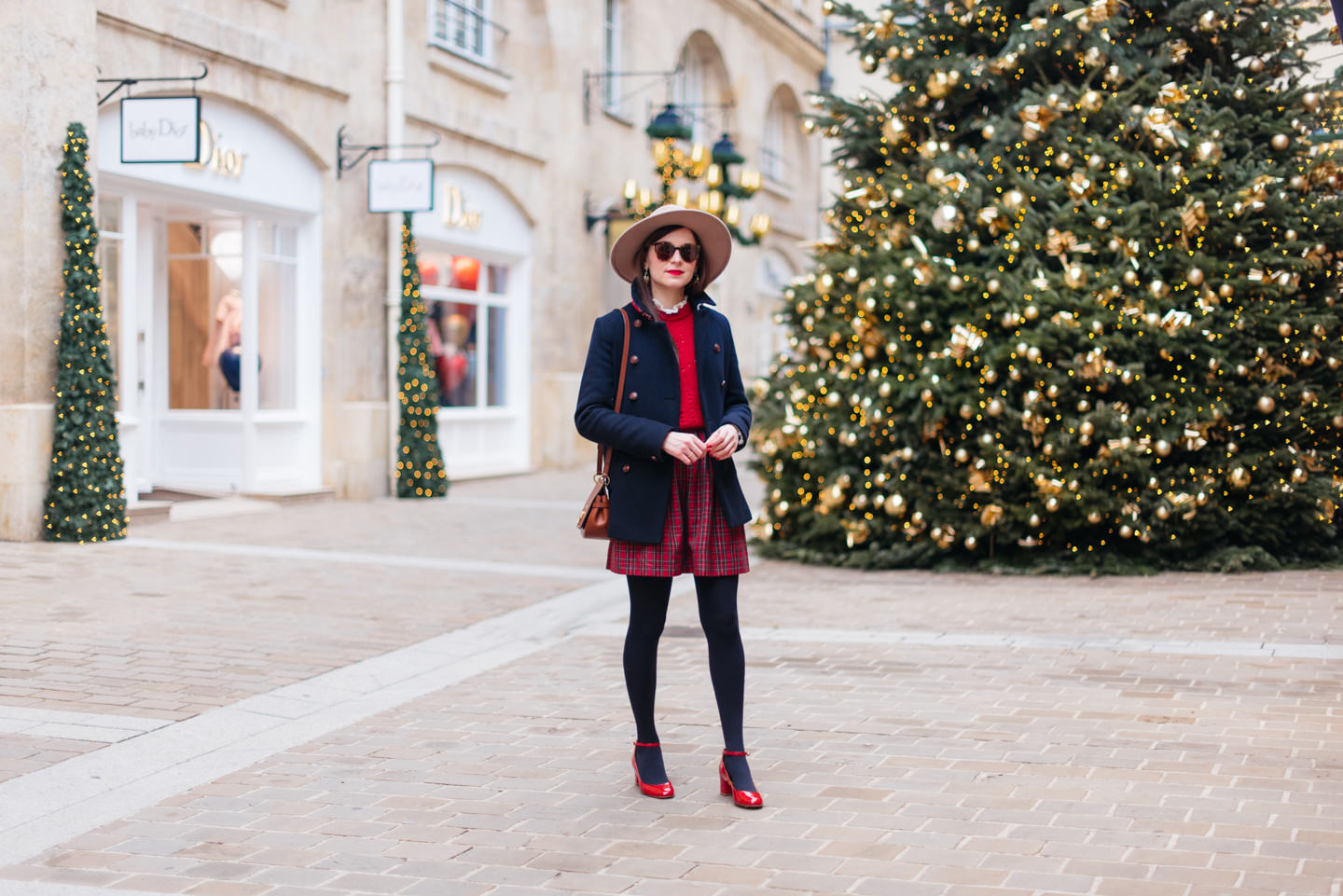 Blog-Mode-And-The-City-Lifestyle-Look-Manteau-Trench-Coat-Village-Royal-6