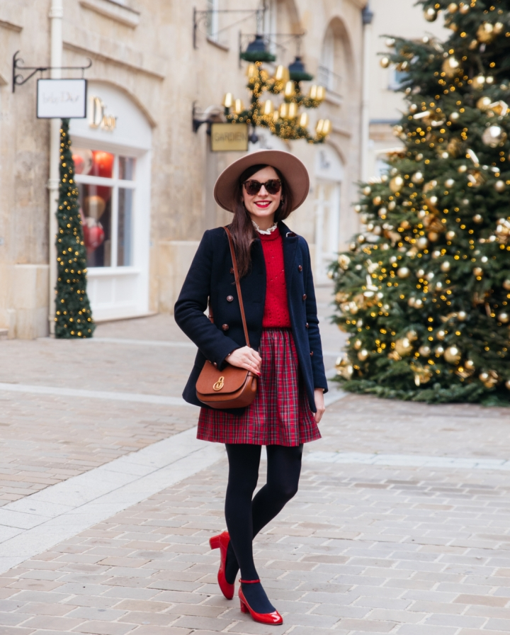 Blog-Mode-And-The-City-Lifestyle-Look-Manteau-Trench-Coat-Village-Royal-2