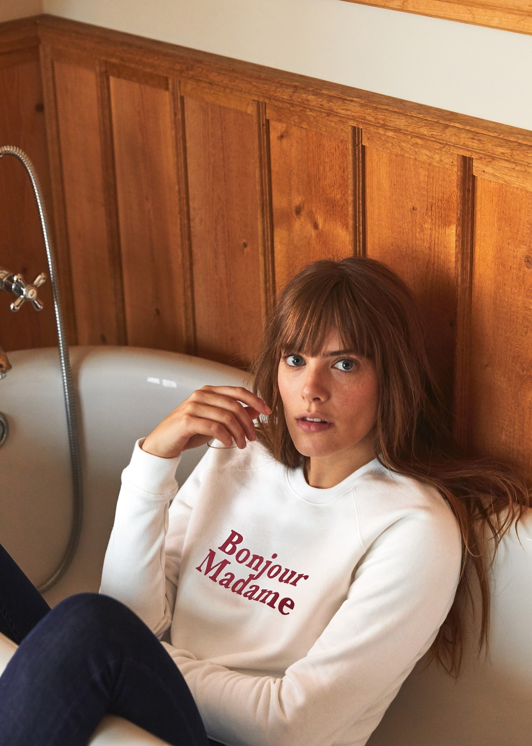 Blog-Mode-And-The-City-Lifestyle-Cinq-Petites-Choses-247-sweat-bonjour-madame-sezane