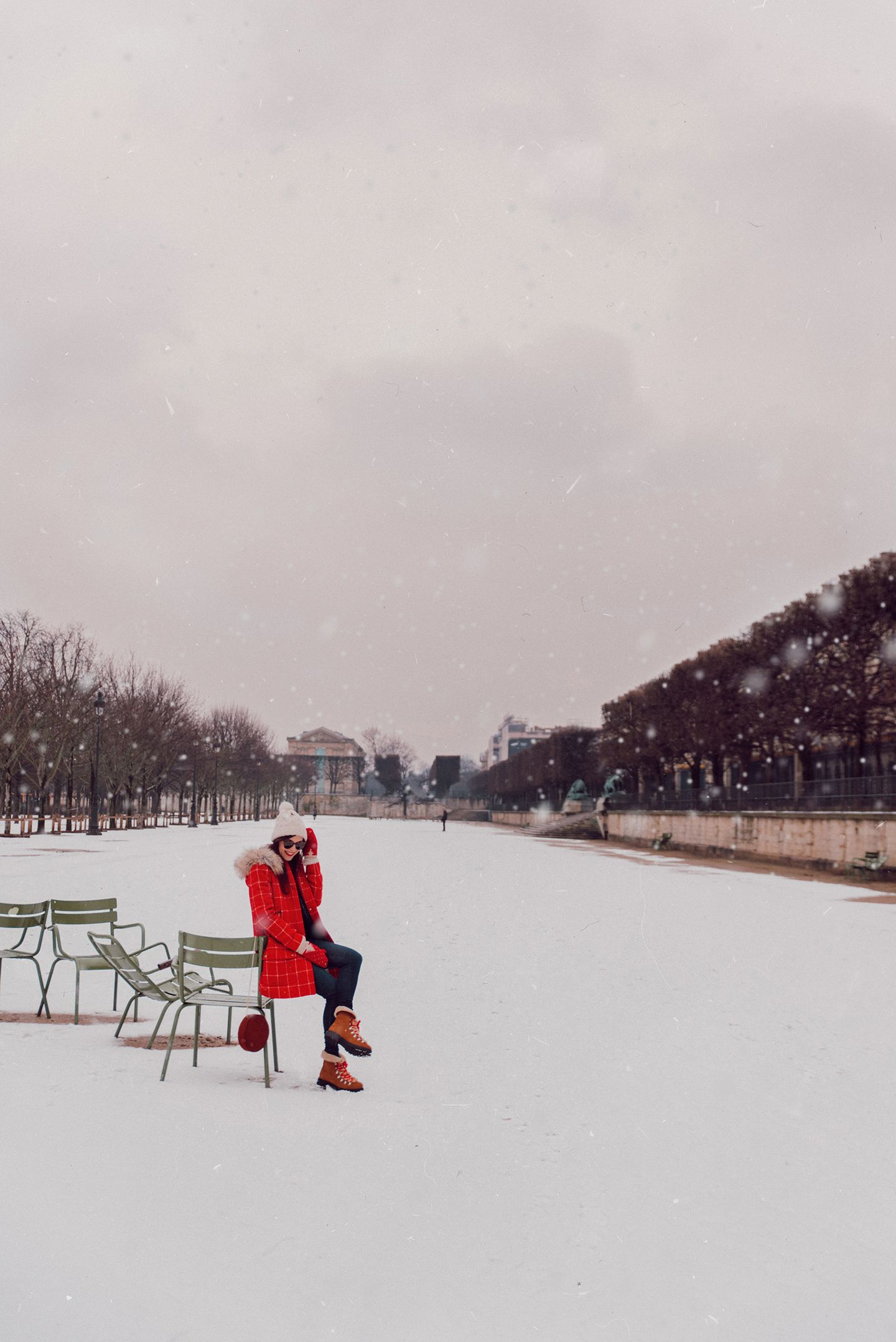 Blog-mode-and-the-city-looks-de-la-neige-a-paris-5