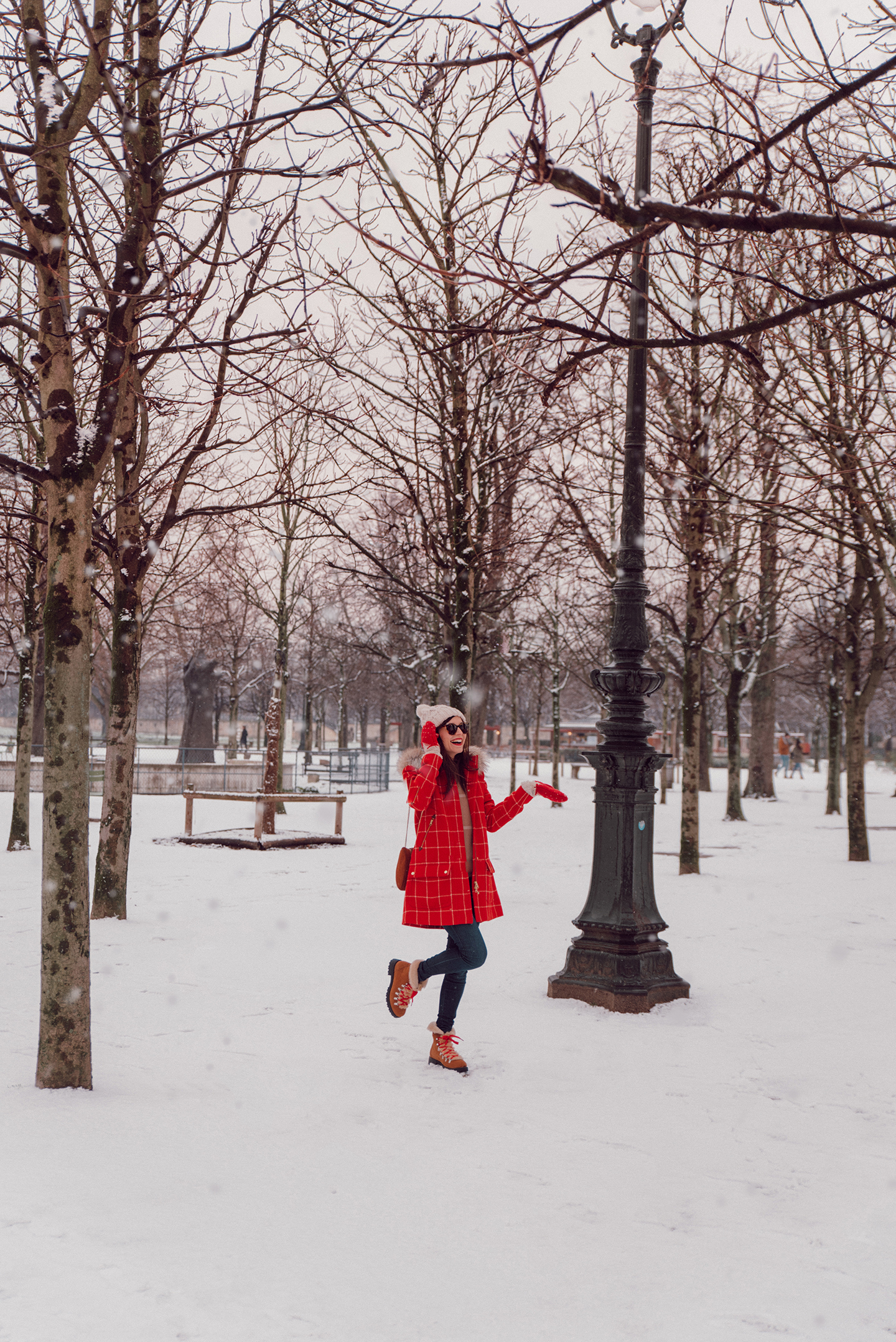 Blog-mode-and-the-city-looks-de-la-neige-a-paris