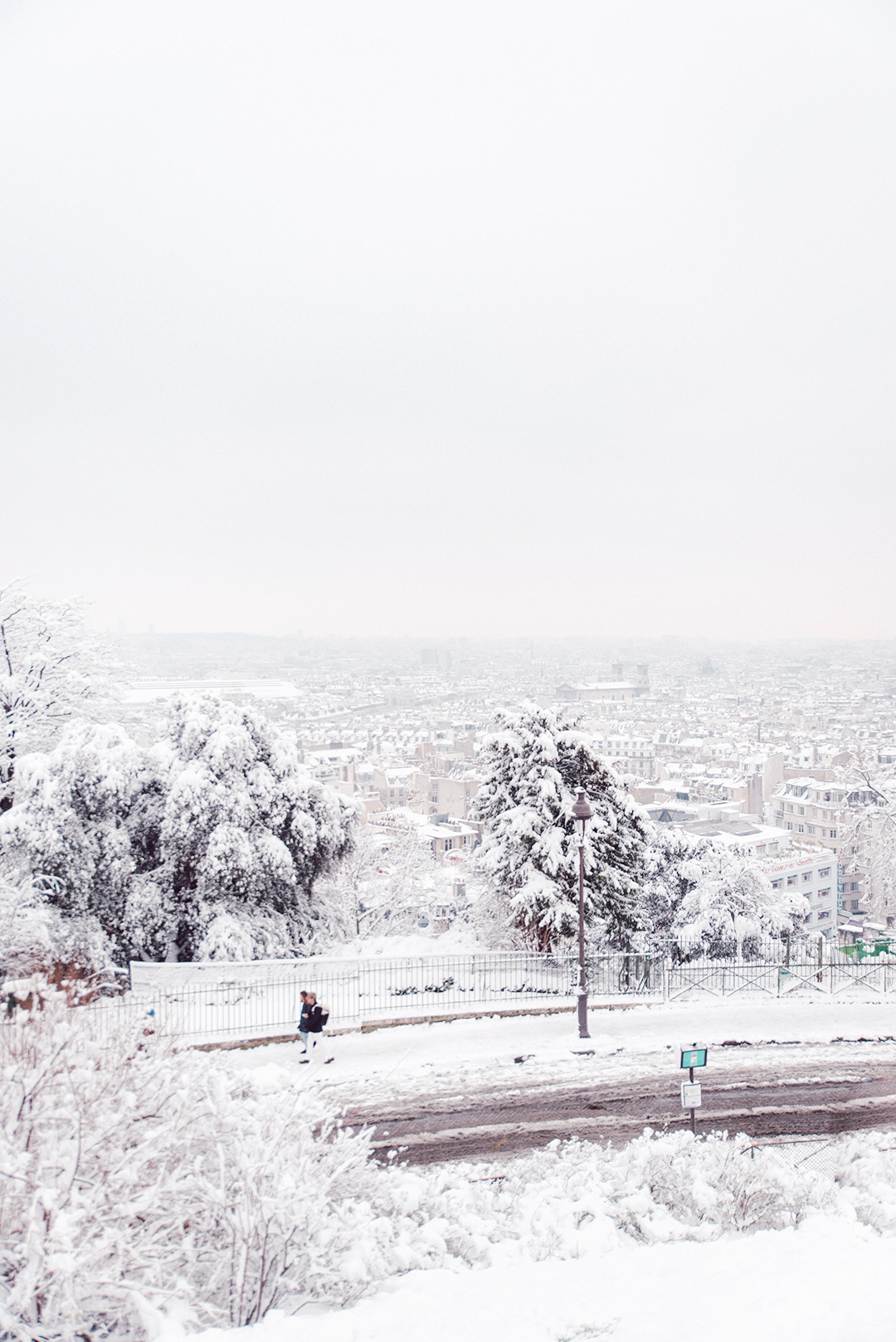 Blog-Mode-And-The-City-Looks-Montmartre-sous-la-neige11