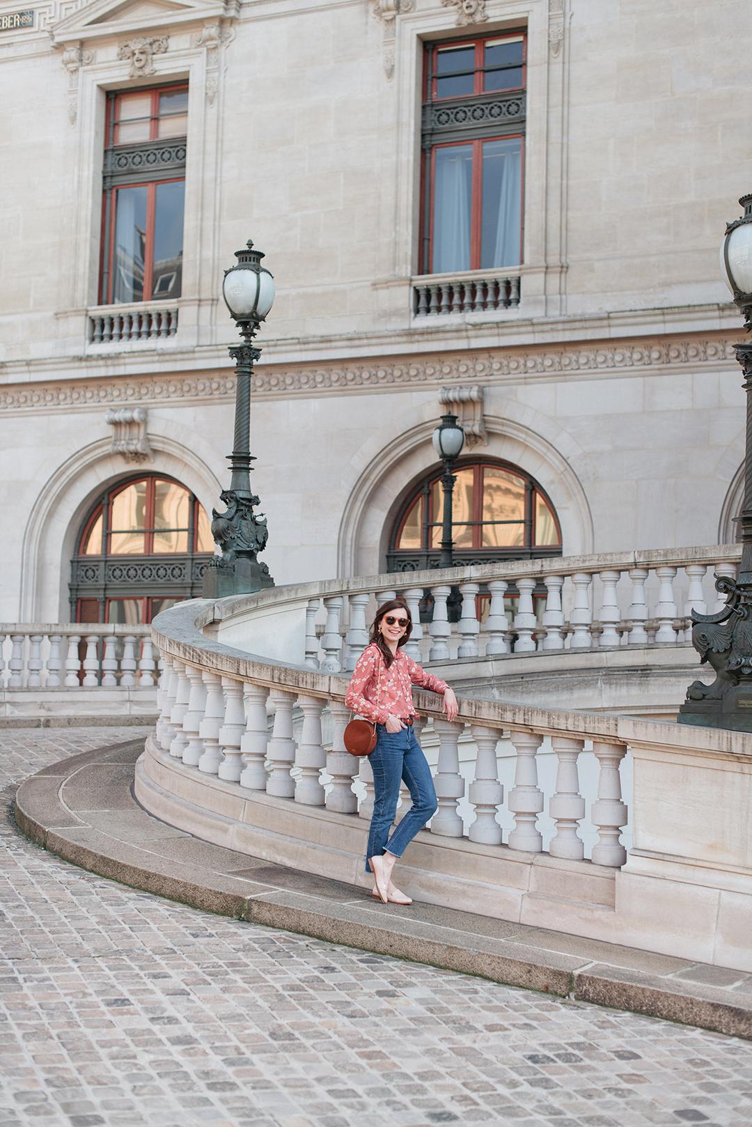 Blog-mode-And-The-City-Lifestyle-Looks-Chemisier-Fleurs-Palais-Garnier-3