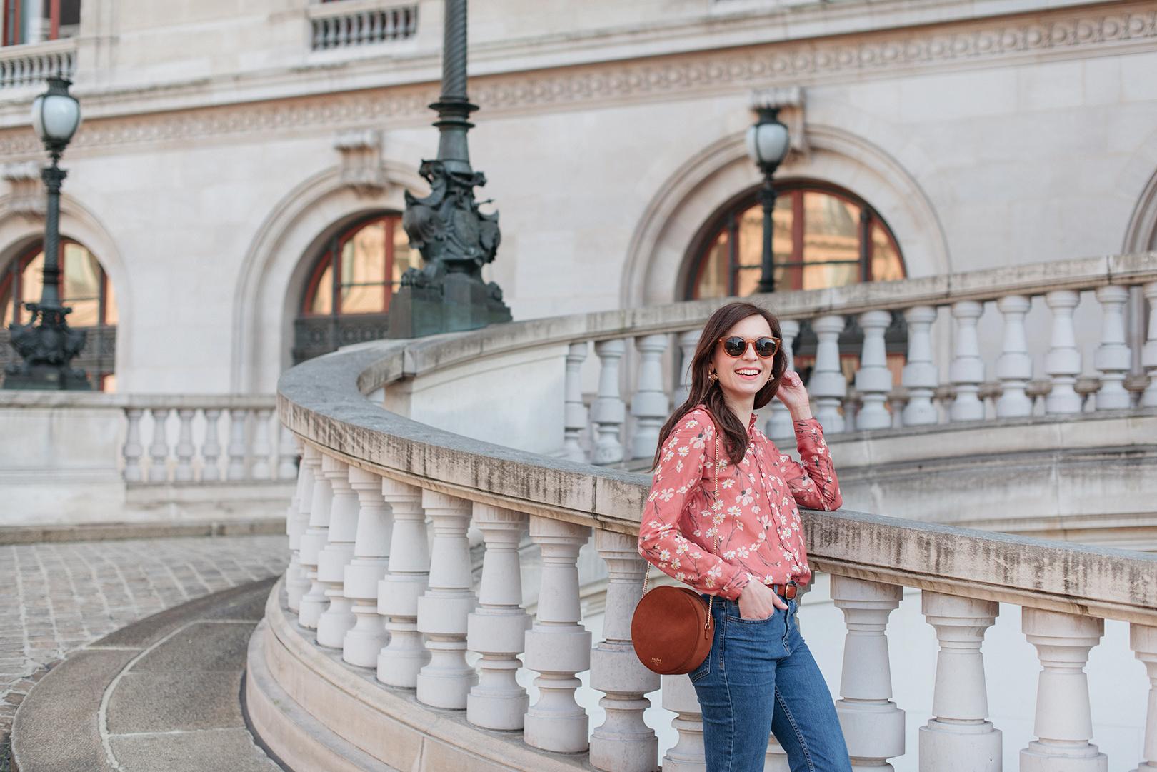 Blog-mode-And-The-City-Lifestyle-Looks-Chemisier-Fleurs-Palais-Garnier-5
