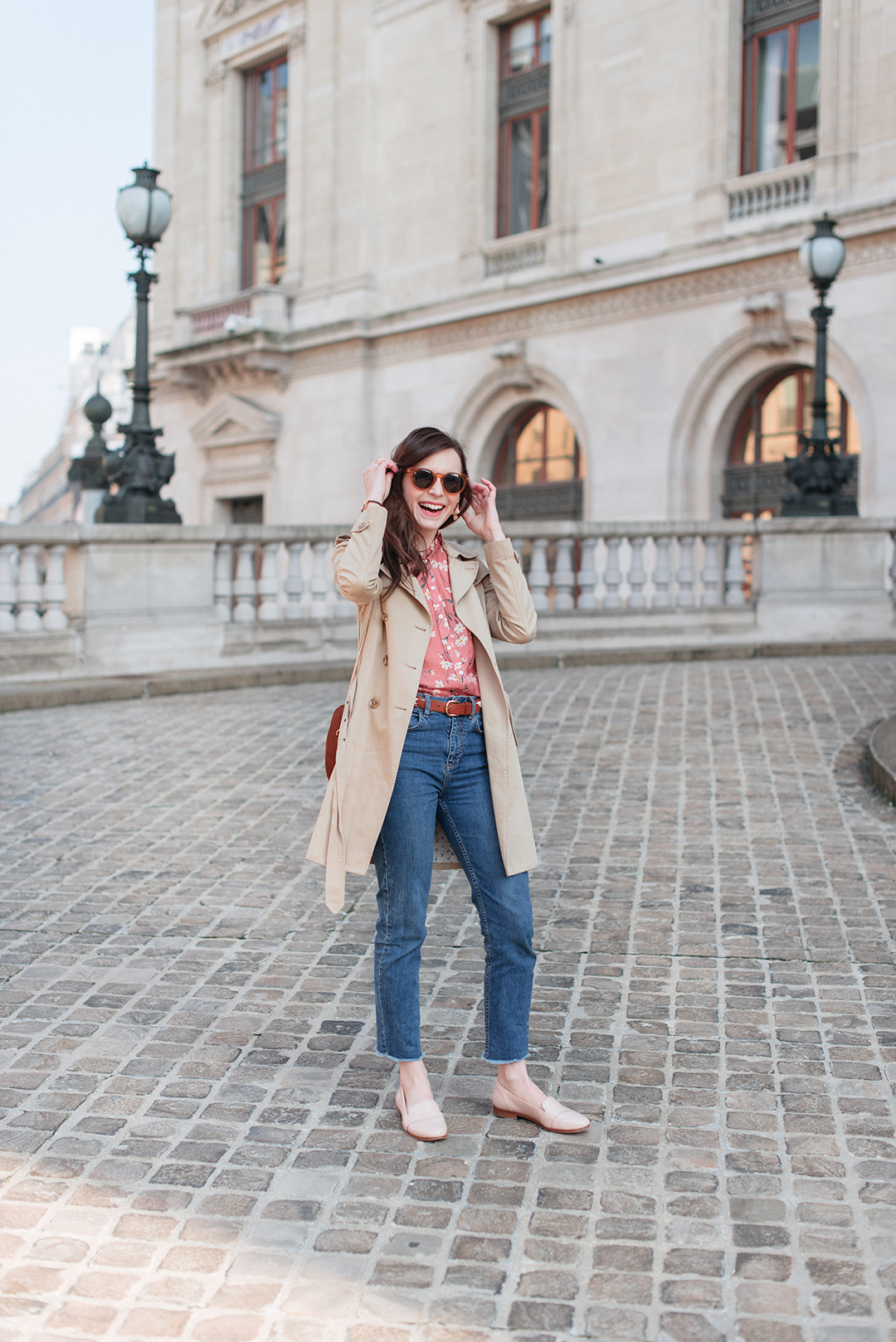 Blog-mode-And-The-City-Lifestyle-Looks-Chemisier-Fleurs-Palais-Garnier-6