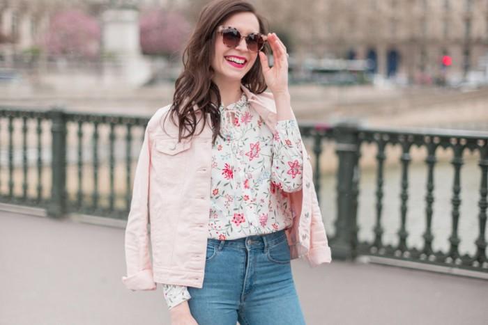 Blog-Mode-And-The-City-Looks-La-veste-en-jean-rose-parfaite-3