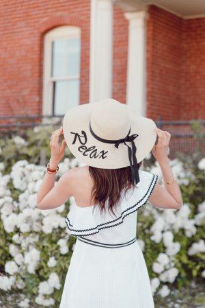 La robe indispensable pour l'été et une sélection de 25 pièces - Daphné Moreau - Mode and The City