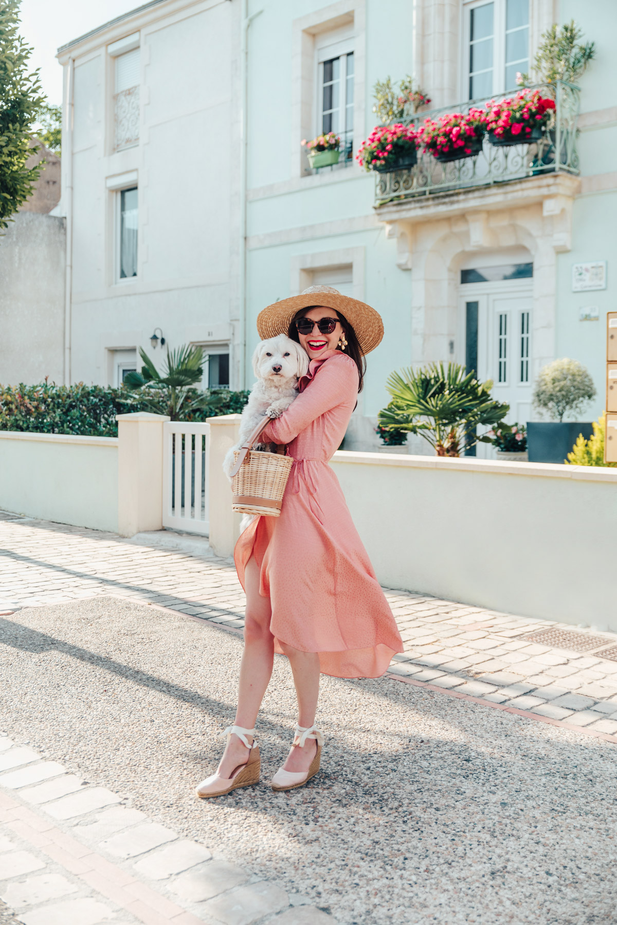 mode-and-the-city-la-rochelle-look-ete-robe-rose-castaner-0