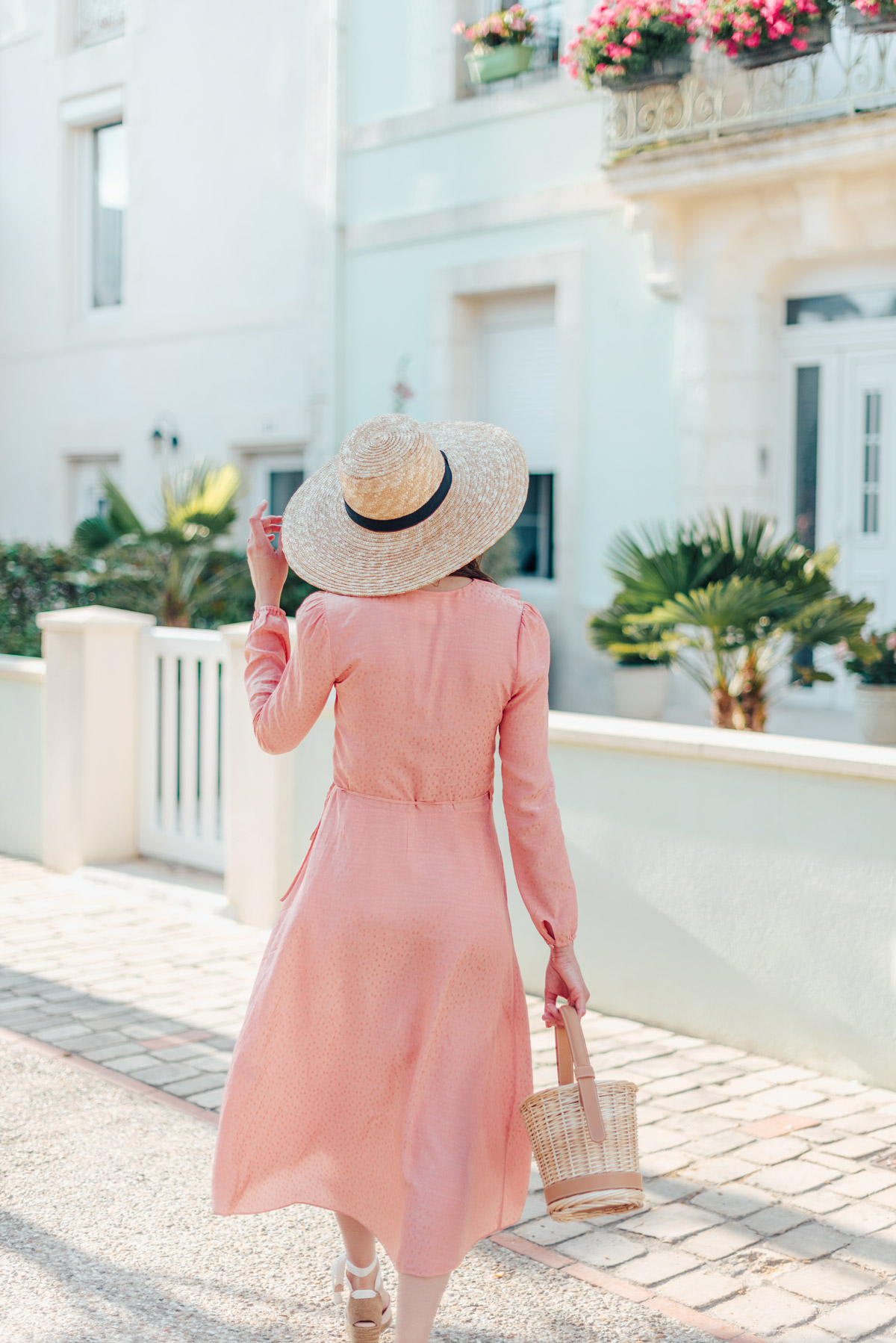 mode-and-the-city-la-rochelle-look-ete-robe-rose-castaner-6
