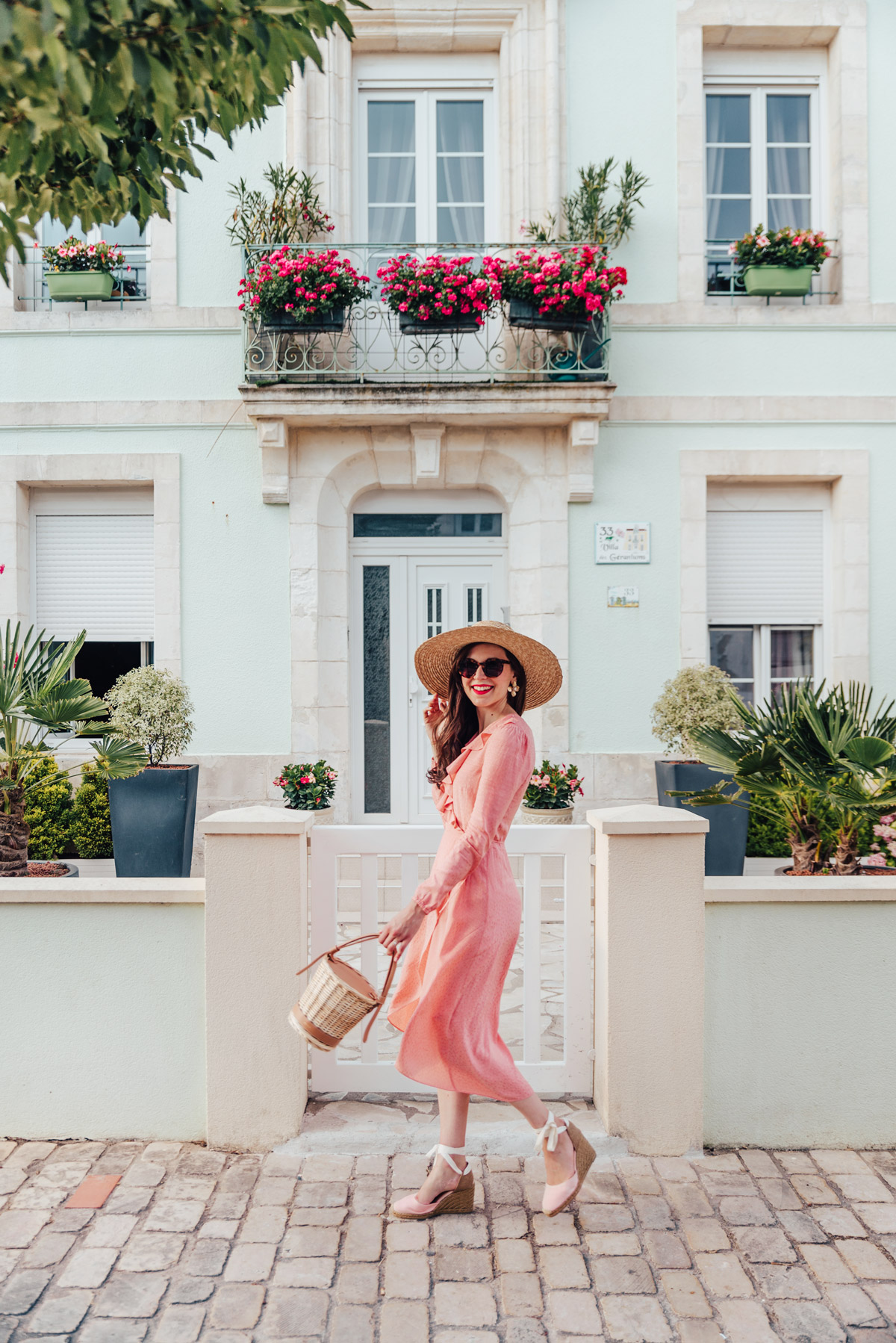 mode-and-the-city-la-rochelle-look-ete-robe-rose-castaner-8