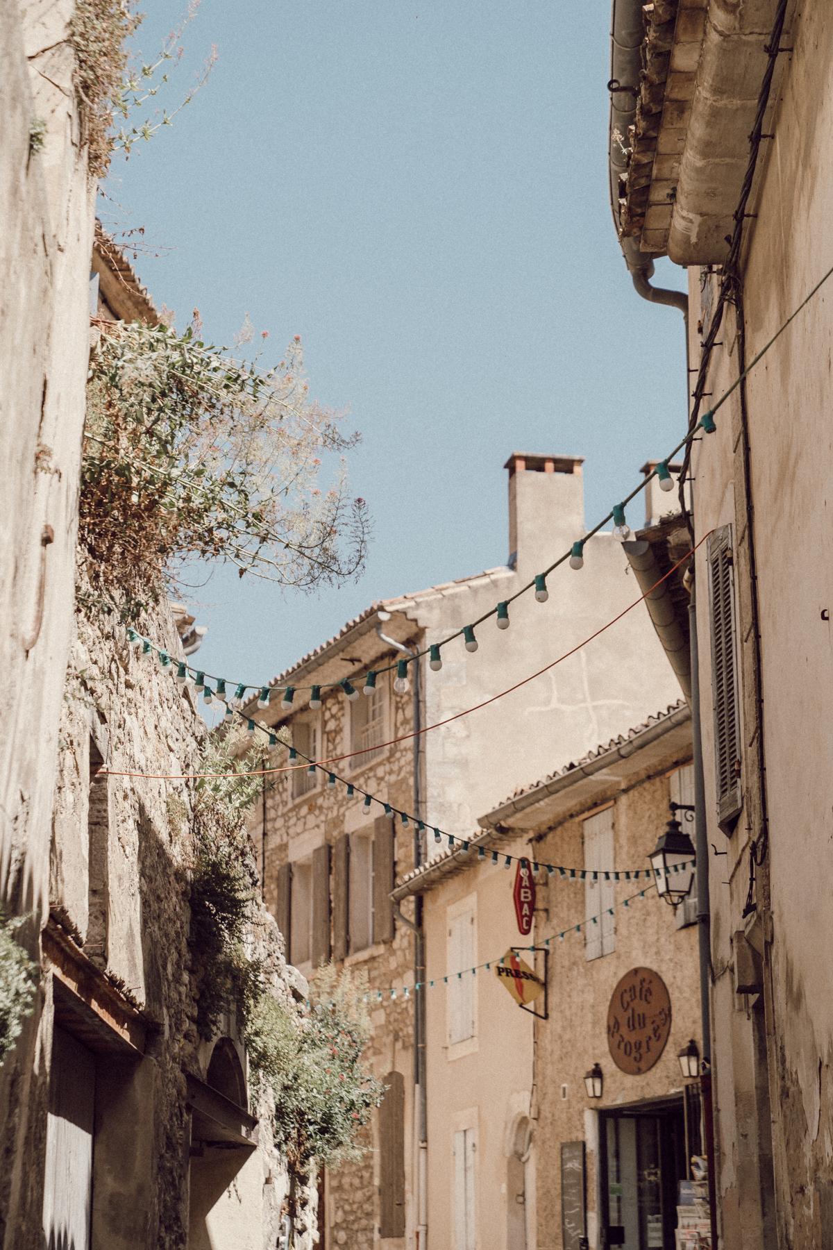 provence-menerbes-oppede-isle-sur-la-sorgue-60