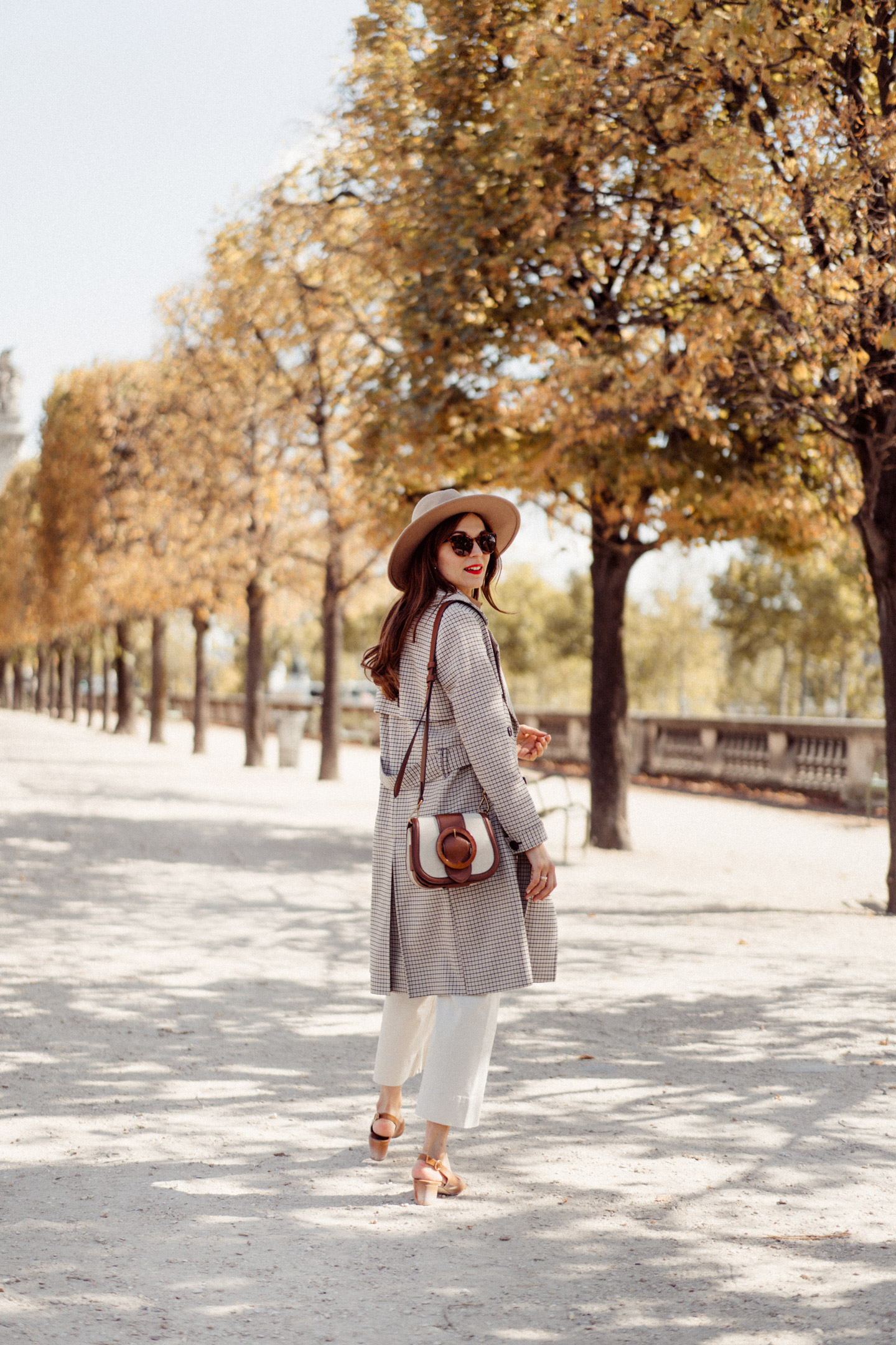 mode-and-the-city-tuileries-chemise-armelle-sezane-09938