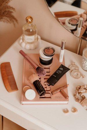 Je vous dis tout sur ma routine maquillage clean (teint, yeux, lèvres) ! - Daphné Moreau - Mode and The City