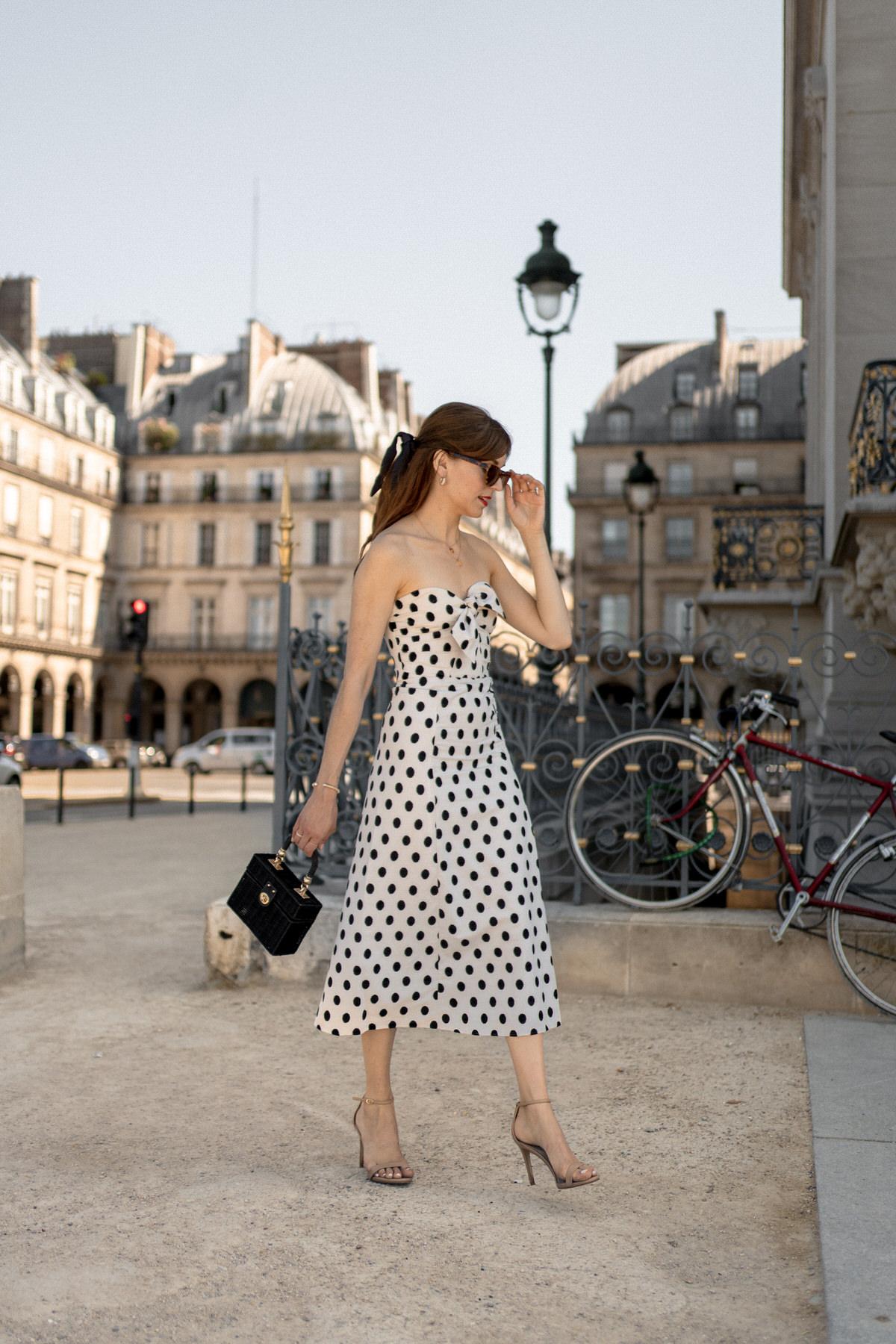 comment-porter-robe-bustier-sezane-beatriz-6-1