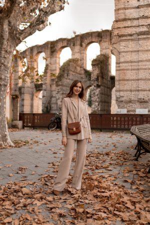 La nouvelle pièce que j'ai ajoutée à mon dressing : le tailleur-pantalon ! - Daphné Moreau - Mode and The City
